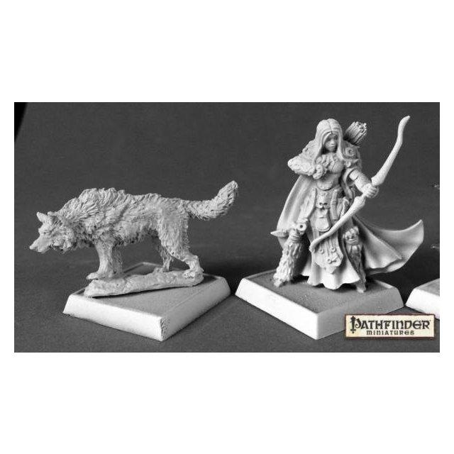 Adowyn & Leryn (Iconic Hunter & Wolf)