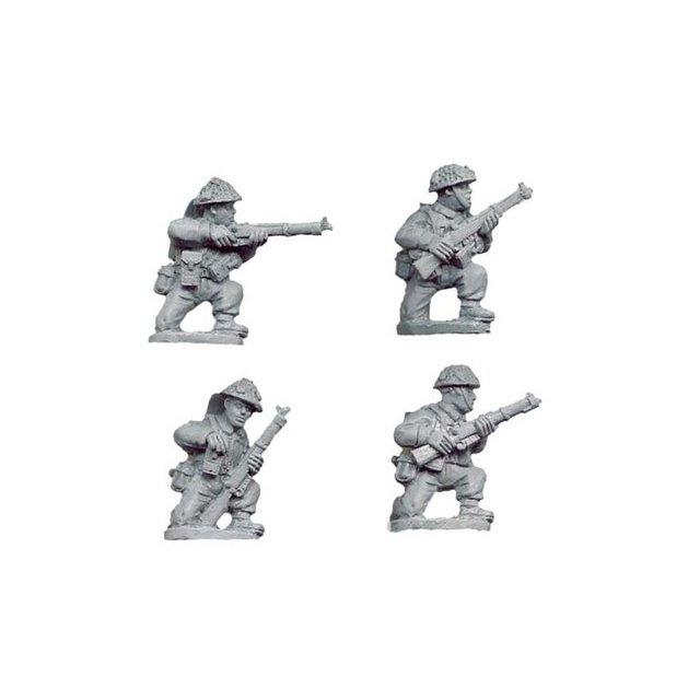 Late British Riflemen kneeling (4)