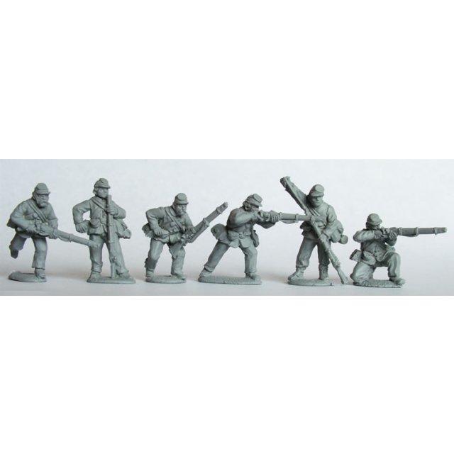 Union Infantry in sack coats skirmishing