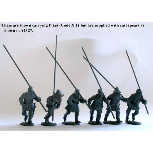 Spearmen/Pikemen running,shouldered weapon