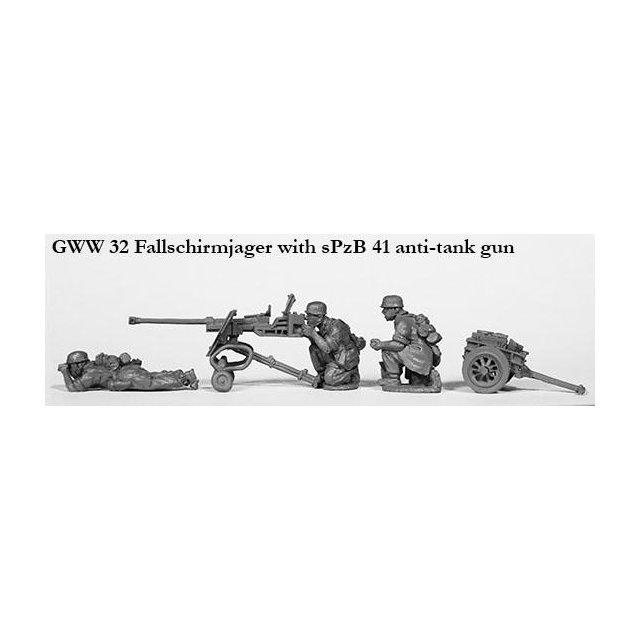 Fallschirmjager with sPzB anti-tank gun
