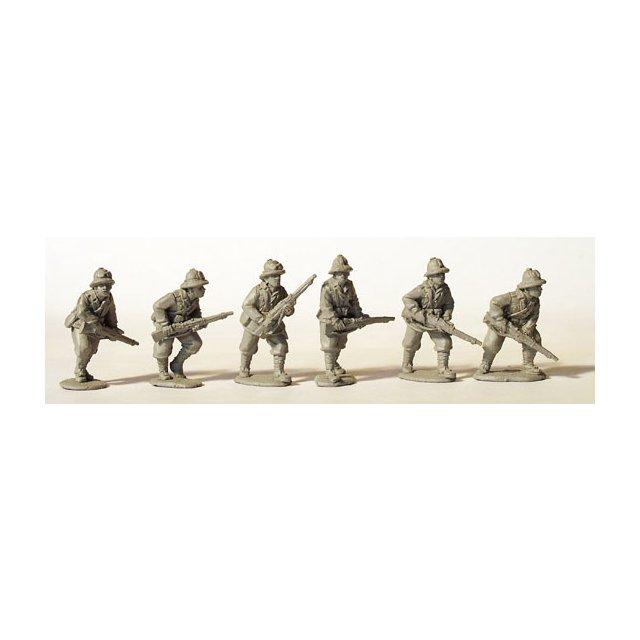 Italian Riflemen advancing, tropical helmets.