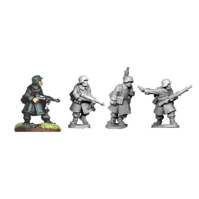 German N.C.O.s and LMG Team in Greatcoats (4)