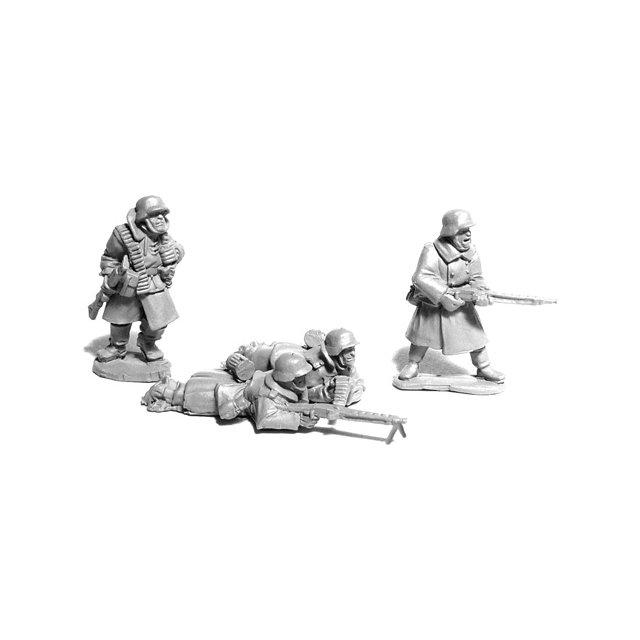 German MG42 Teams in Greatcoats