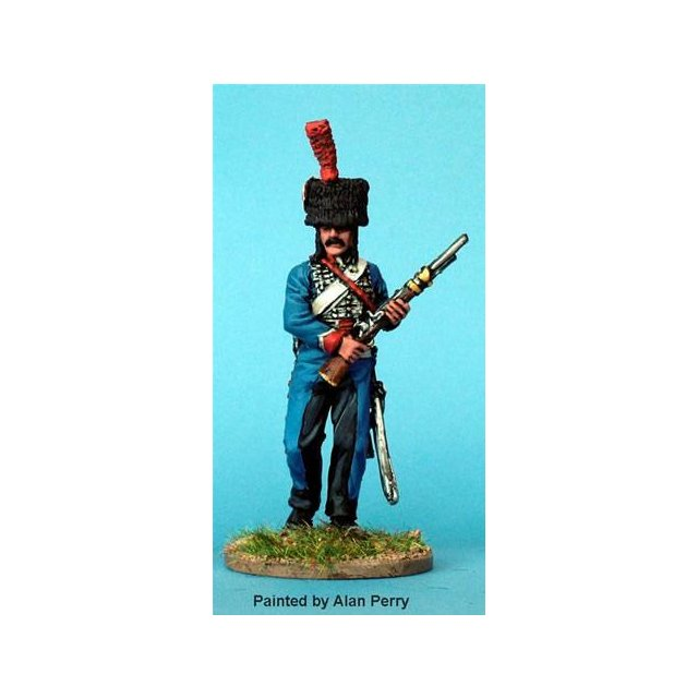 French Hussar, dismounted advancing with carbine ( 2 headgear va